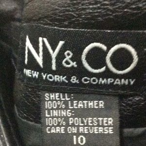 NY &Co Black pebble grain leather skirt.